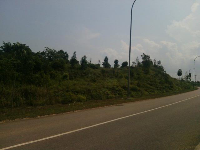 Foto: Tanah Strategis Di Jembatan 3 Balerang