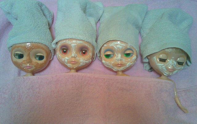Foto: Masker Bedak Dingin Lunamoon