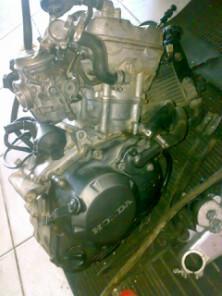 Foto: Mesin Motor Honda CBR 150 Segelondongan